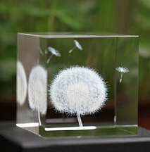 Crystal Glass Cube with 3D Laser Engraving pictures & photos