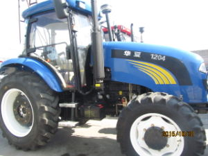 120HP 4WD Foton Farm Tractor Ce Approved with AC Cabin pictures & photos