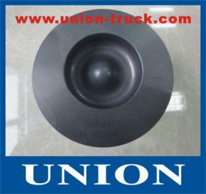 China M104 Auto Parts Engine Piston for Mercedes Benz Diesel Engine