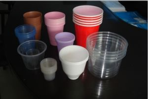 Plastic & Paper Cup Rim Rolling Machine pictures & photos