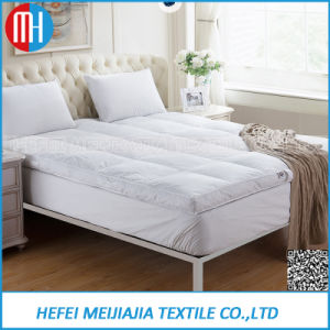 100% Cotton Queen Mattress with Goose Down Feather Filling pictures & photos