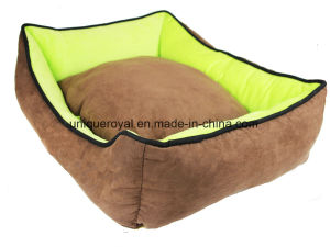 Square Polyester Soft and Warmful Pet Bed with Pad pictures & photos