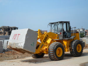 9tons Komatsu Small Block Handler Fork Lifter for Sale