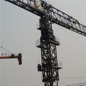 Flat Top Tower Crane Made in China - Hst 7528 pictures & photos