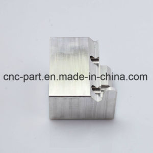Equipment CNC Fitting of Injection Moulds for Automobile pictures & photos