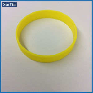 Style Cheap Wrist Bands Silicon Wristband OEM Debossed Silicone Bracelet pictures & photos