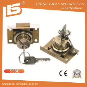 Zinc Furniture & Desk & Cabinet Drawer Lock (5558) pictures & photos