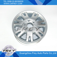 Alloy Wheel for Mercedes Benz Sprinter OEM 0004017104 pictures & photos