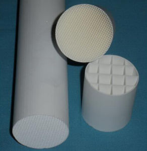 Ceramic Honeycomb Substrate Catalyst for Vehicle/Motorcycle Catalytic Converter pictures & photos