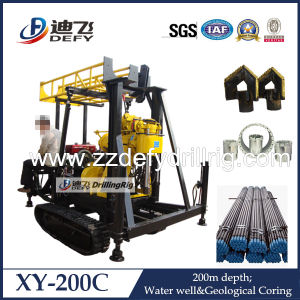 Crawler Mounted Self-Propelled Rotary Drilling Rig for Water Well and Core Sampling pictures & photos