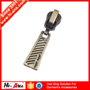 Rapid and Efficient Cooperation High Quality Zipper Puller Design pictures & photos