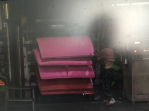 Full Automatic EVA Sheet Foaming Machine pictures & photos