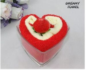 Wholesale Cute 100% Cotton Cake Towel with Artificial Cherry pictures & photos