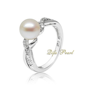 925 Silver Ring With Freshwater Pearl and CZ (HR70907)