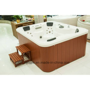 Luxury Acrylic with Wooden Shower Outdoor SPA Hot Tub (713) pictures & photos