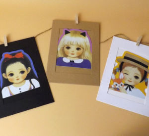 Plain Paper Cards Frames with Hanging Cord pictures & photos