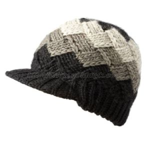 2015 Hot Sale Knitted Hat (OKM07-071) pictures & photos