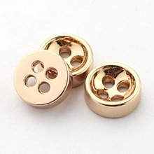 4 Holes Metal Zinc Alloy Shirt Button for Shirts pictures & photos