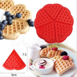Family Silicone Waffle Mold Muffin Bakeware Cooking Tools Kitchen Accessories pictures & photos