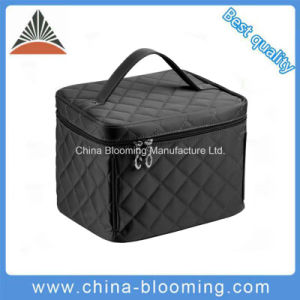 Black Wholesale Beauty Makeup Travel Lady Cosmetic Bag pictures & photos