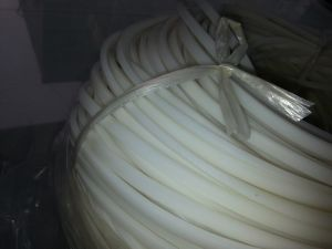Silicone Stripe, Silicone Cord, Silicone Profile, Silicone Seal, Silicone Parts (3A1004) pictures & photos