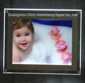LED Crystal Acrylic Light Box pictures & photos