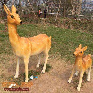 China Fibergl Deer Sculpture Animal Frp Statue Outdoor Public Garden Decoration