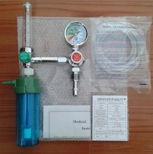 Medical Gas Regulator/Oxygen Pressure Regulator with Humidifier (SC-YZ002) pictures & photos