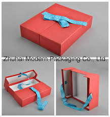 Luxury Creative Design Two Door Open Rigid Cardboard Gift Box with Ribbon pictures & photos