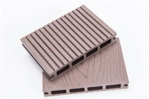 WPC Outdoor Decking Which Water and Mould Proof