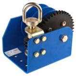 Cable/Strap Optional, Single or Split, Worm-Gear Winch (H-1500) pictures & photos