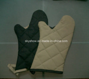 Microwave Oven Glove (0106) pictures & photos