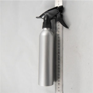 Sliver Aluminum Bottle with Black Sprayer (AB-011) pictures & photos