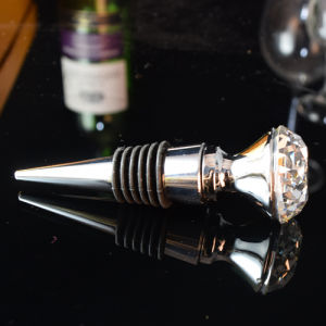 Wedding Decoration Diamond Wine Bottle Stopper pictures & photos
