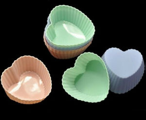 Colorful Heart-Shaped 100% Food Grade Cake Moulds pictures & photos