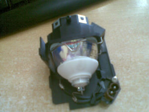 Hitachi Original Projector Lamp DT01141 (DT01141/DT01151)