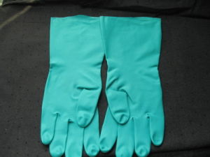 Oil Resistant Flock Line Green Long Industry Working Nitrile Glove pictures & photos