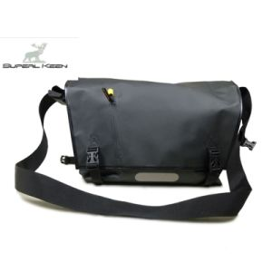 Outdoor Fashion Waterproof Sling Bag pictures & photos