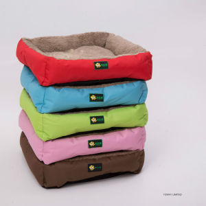 Oxford Quality Cheap Velvet Square Dog Cushion Pet Beds pictures & photos