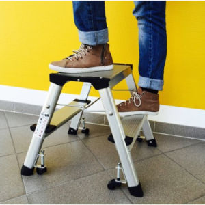 China Manufacturer Folding Step Ladder Step Stool Aluminum Step Ladder pictures & photos