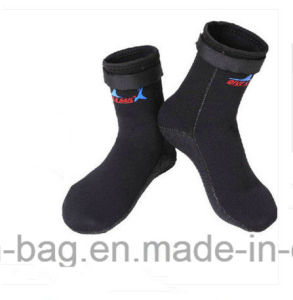 Hot Selling Diving Equipment Neoprene Swimming Socks pictures & photos