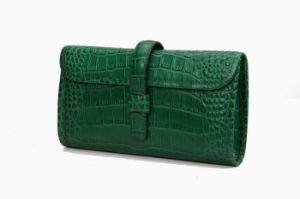 ba37d0856d7 China Green Croco Cowhide Lady Clutch New Designer Leather Clutch ...