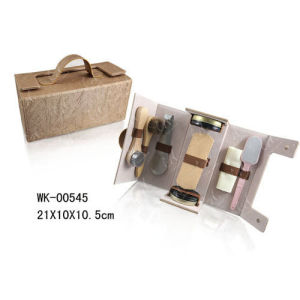 Light Brown Shoe Shine Kit with Handle, Portable for Travelling