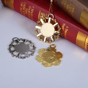 Cheap Custom 3D Gold Medal with Sandblasting pictures & photos