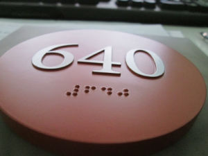 Made-in-China Grade 2 Tactile Braille Ada Signage pictures & photos