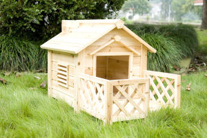 Wooden Dog House (5663-0252)