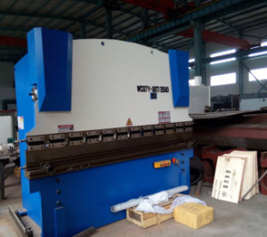 2013 Hot Sale Hydraulic Press Brake Wc67y 100 3200 pictures & photos