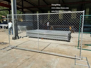 Manufactures Portable Self Standing Temporary Chain Link Fence Panel pictures & photos