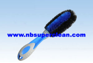 Plastic Car Cleaning Wheel Brush Tyre Brush (CN1864) pictures & photos