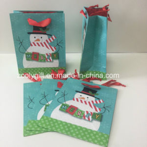 Glittering Snowman Customized Christmas Wholesales Paper Gift Bags pictures & photos